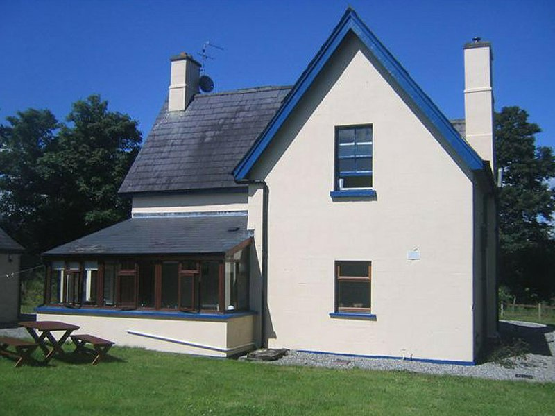 The Gardener's Cottage, holiday rental in Rosses Point