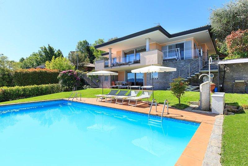 Villa Seta, Meina Lago Maggiore, Italia - alquileres de vacaciones northItaly VILLAS