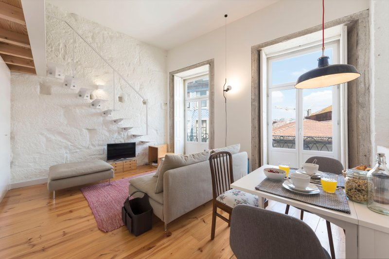 Cativo Mezzanine Studio - UPDATED 2018 - Holiday Rental in Porto ...