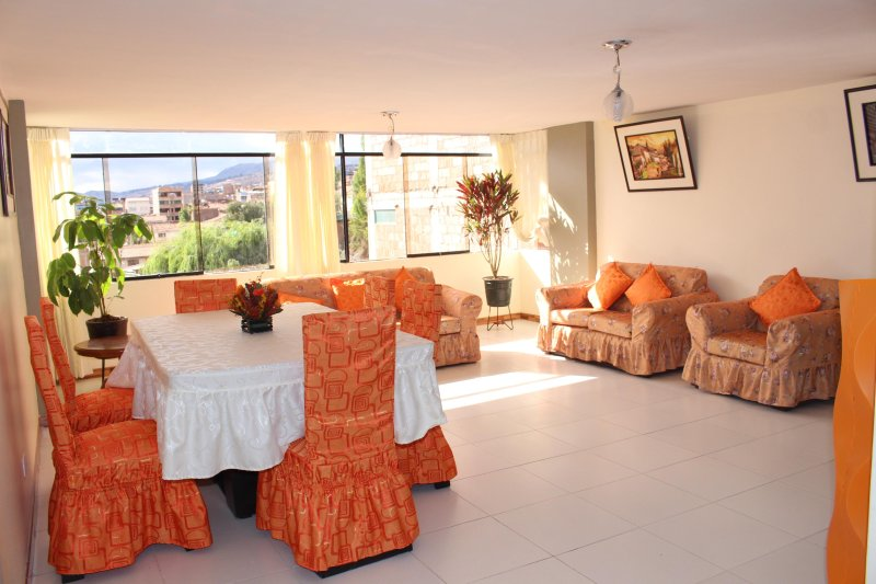 Slaviero Home; feel yourself at home, holiday rental in Huarcapay
