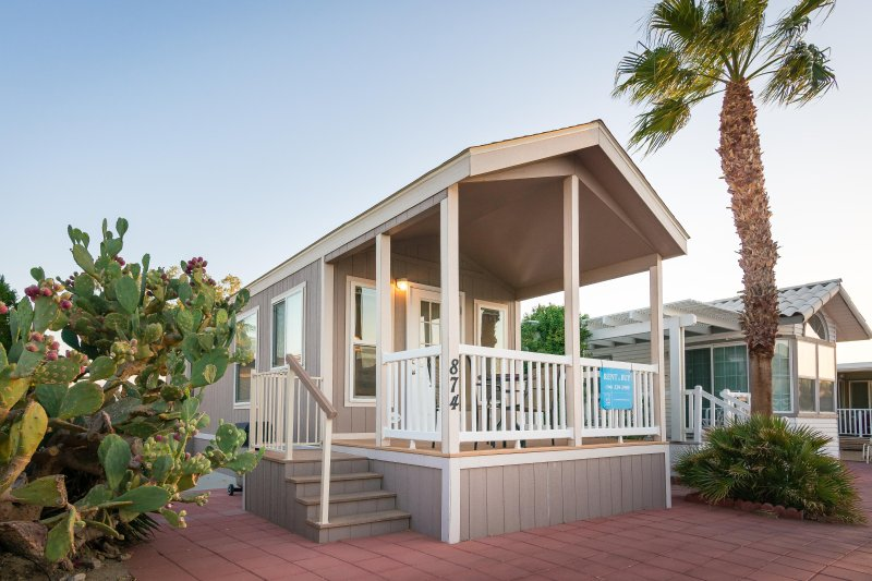 Tiny House, Resort Leben Eines von mehreren Häusern angeboten