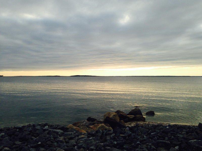 Stroll to beautiful Noyac Bay sunsets!