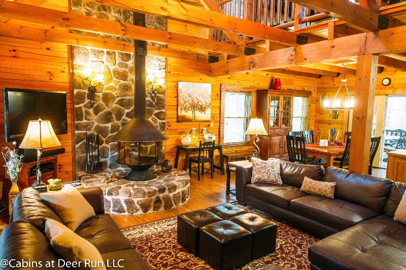 Spotted Fawn Cabin - Luxury Rental Cabin, casa vacanza a New Market