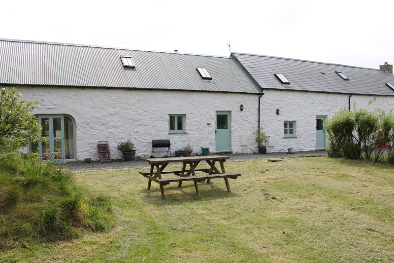The Barn Mill Haven Place, holiday rental in Little Haven