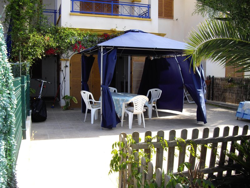 Terrace with gazebo tent