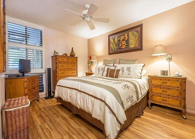 Master Bedroom With King Mattress
