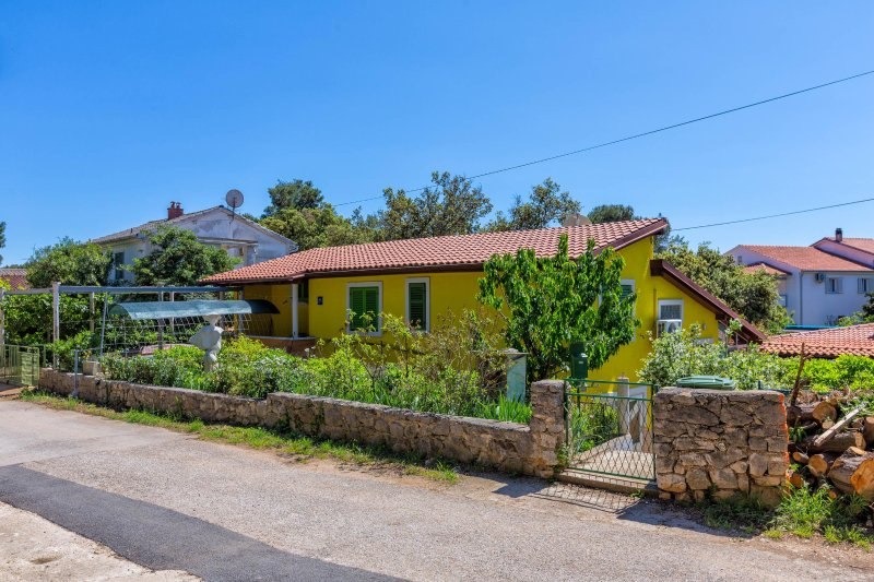 NOT MORE FOR RENT SOLD OUT, casa vacanza a Mali Losinj