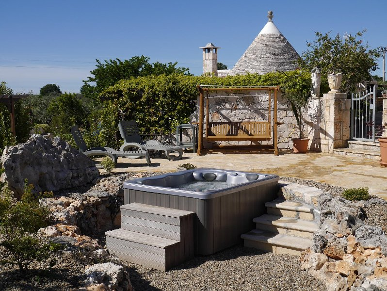 Trullo Kore', vacation rental in Coreggia