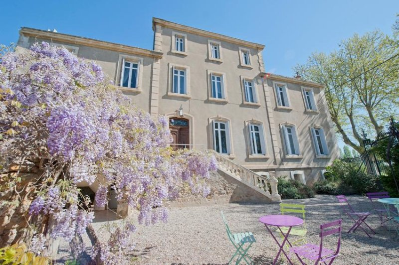 Large Holiday Rental South of France 8-14+ Heated Pool & Near Beaches., vacation rental in Saint-Nazaire-d'Aude