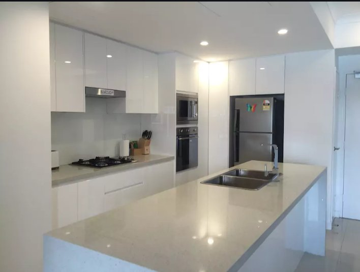 4 Bedroom apartment at Hurstville, casa vacanza a Padstow