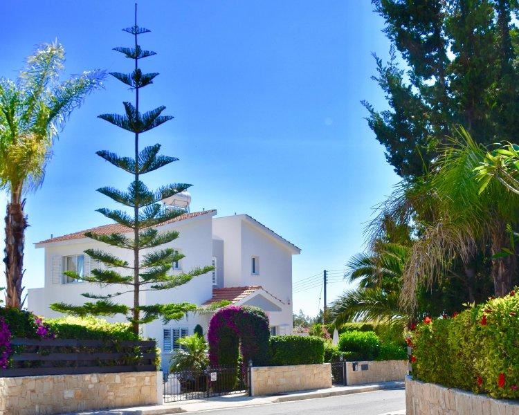 Villa Corrado from road