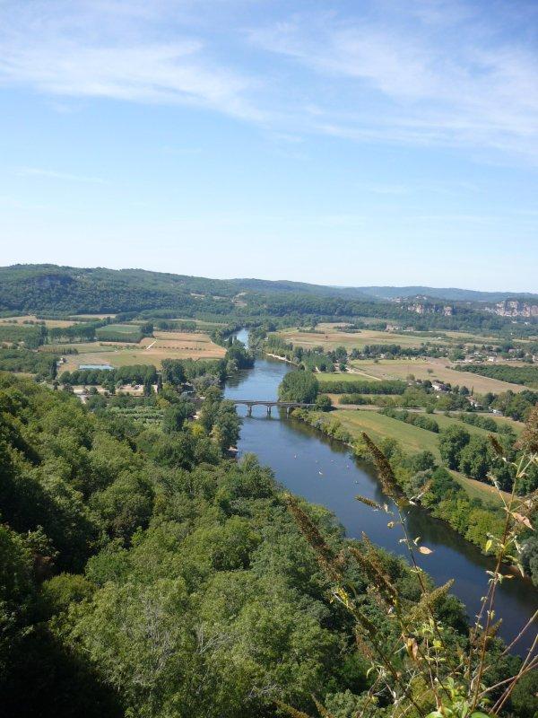 Rivière Dordogne vue de Domme.