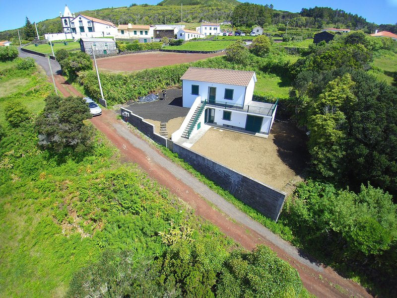 Azores Moonlight House, casa vacanza a Praia do Norte