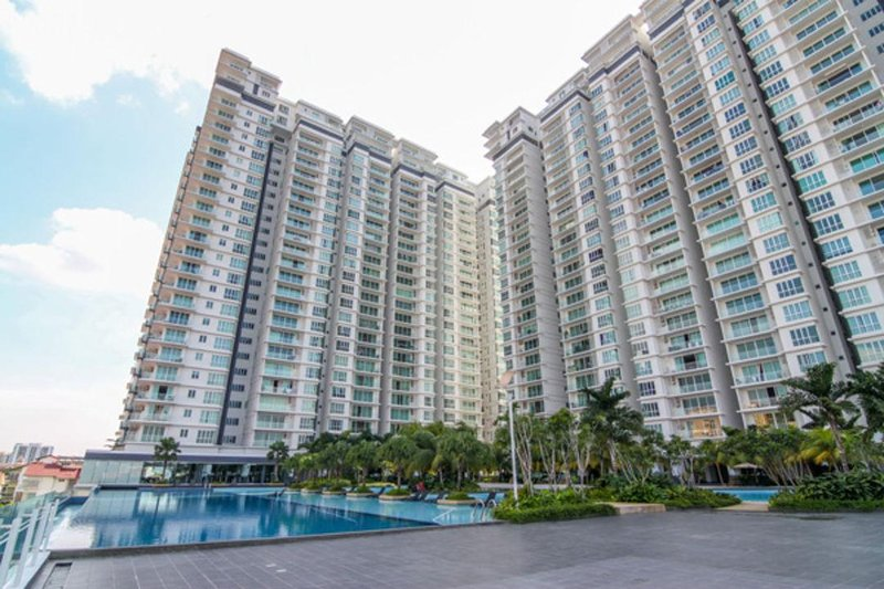 Luxury Apartment. Come to beach on your 2nd floor, facilities floor.