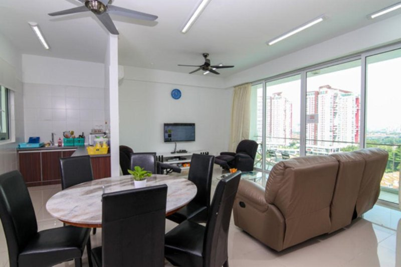 Living Hall equipped with:- 1) Unlimited WIFI speed 30Mbps   2) 75 channels satelit TV. 3) 50 inches