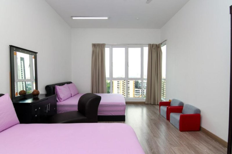 Master room -with 2 Queen Size Bed (4 person). Quality mattress thickness 12 inches.