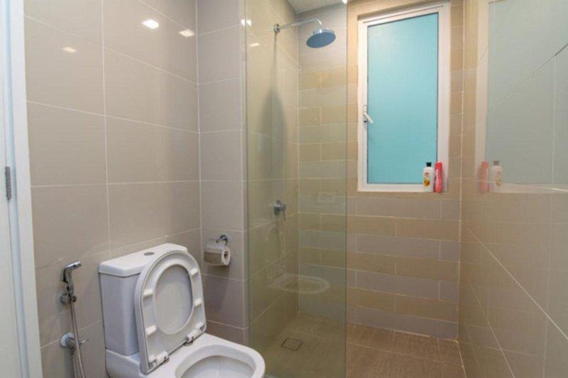 Bathroom No.2 shared with bedroom No.2 & bedroom No.3.