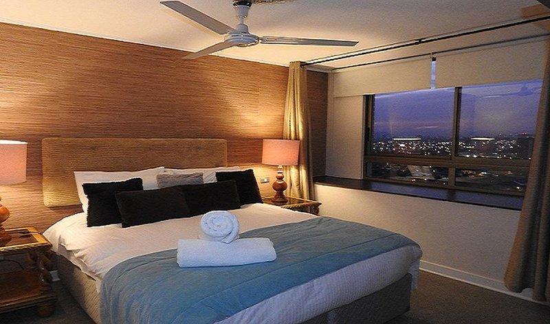 S2 Ellegant , comfortable , up to 6 ,3BD ,2BTH, alquiler de vacaciones en Santiago