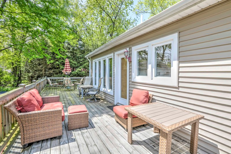 Your stately, ranch-style Union Pier vacation rental home awaits!