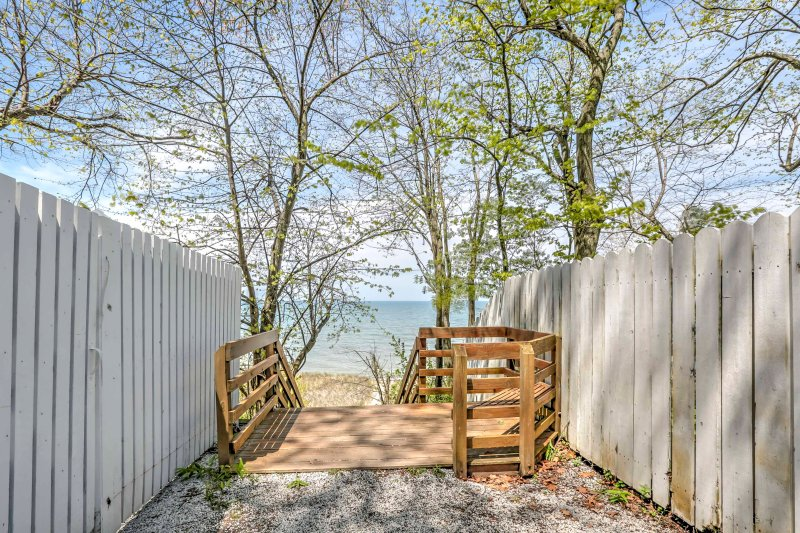 Spend your vacation walking along the Lake Michigan coast!
