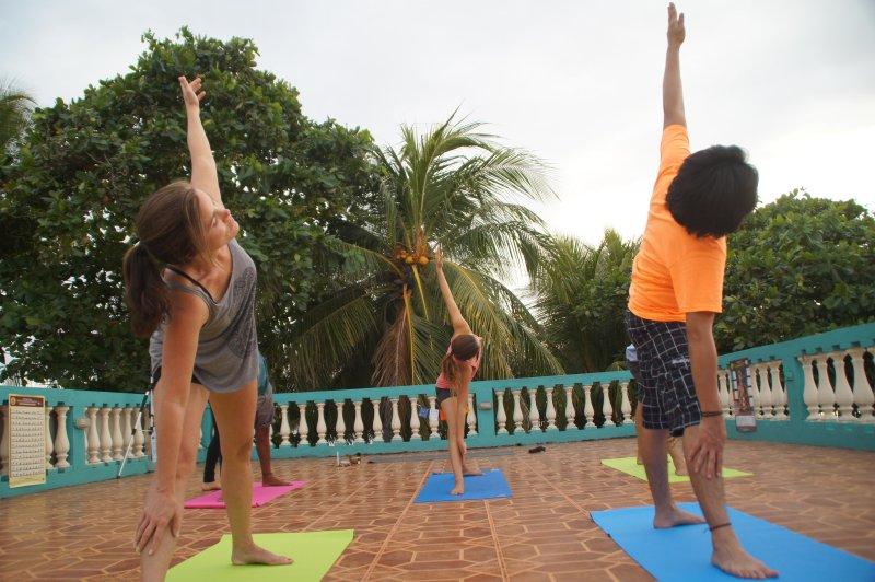Mini Kühlschrank Mit Yoga : Aktualisiert yoga chikitsa nicaragua school in las peñitas