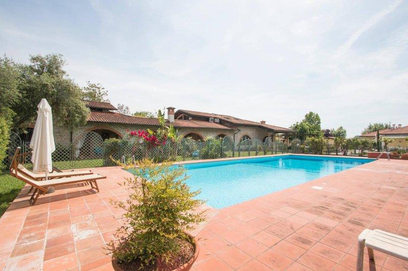 ❤️ Luxury Tuscan House ❤️, vacation rental in Marina di Pietrasanta