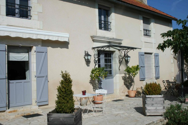 Chambre d'hôtes de La Maricé, location de vacances à Saint-Jean-de-Sauves