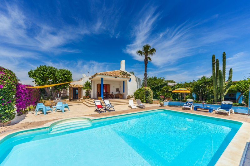 Villa Mamma Anna, vacation rental in Ragusa