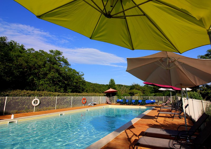 7 country Holiday cottages with 16m x 6m heated swimming pool