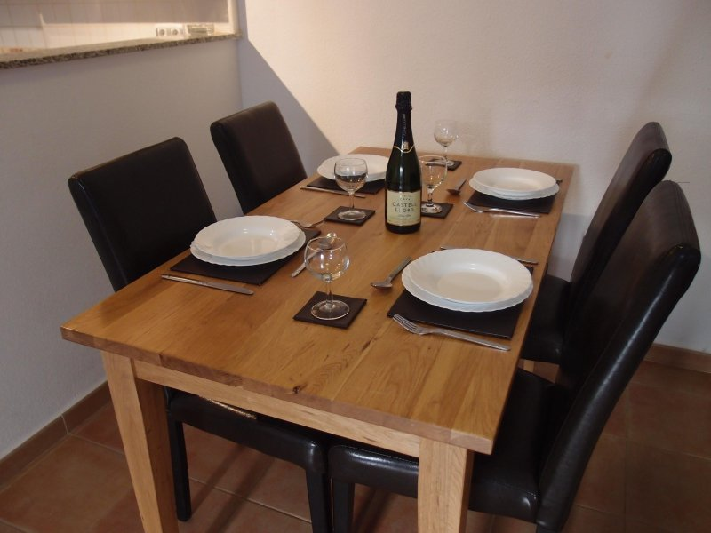 Oak dining table to seat 4 people
