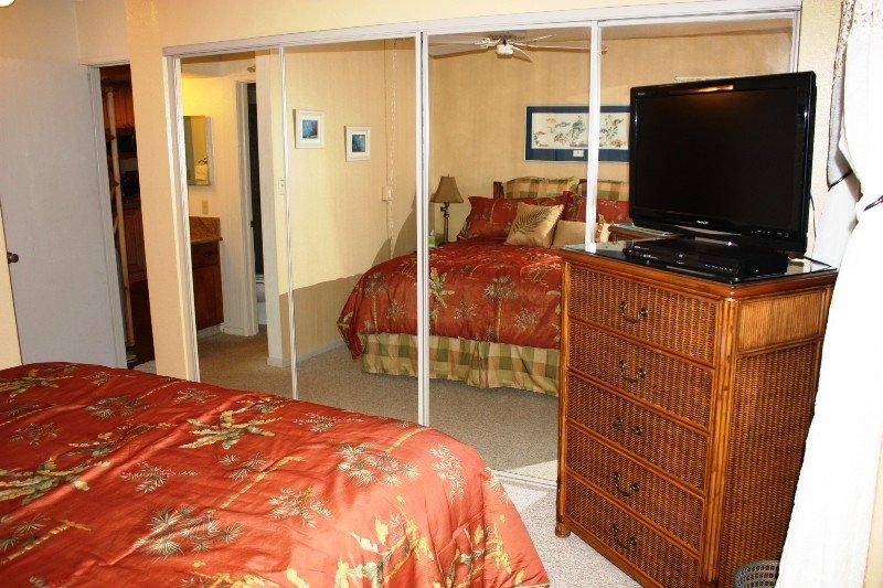 Umbrella,Couch,Furniture,Bed,Bedroom