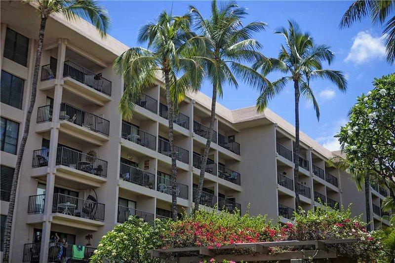 Building,Balcony,Hotel,High Rise,Tree