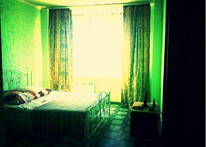 Уютная 1-комнатная квартира в центре (TWIN), holiday rental in Sakha (Yakutia) Republic