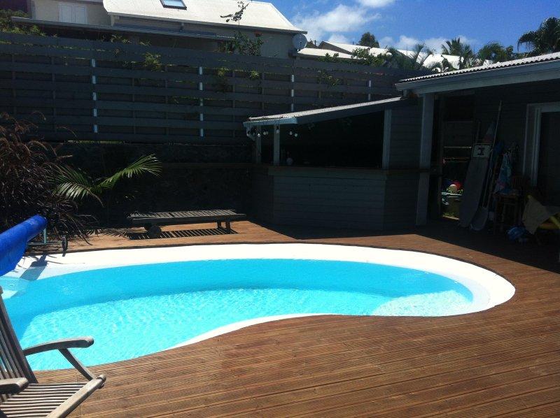 Die Pool-Bar