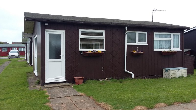 Detached Chalet in Withernsea, holiday rental in Patrington