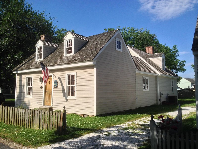 Location Location! St Michaels-- In Town Cottage!, vacation rental in Talbot County