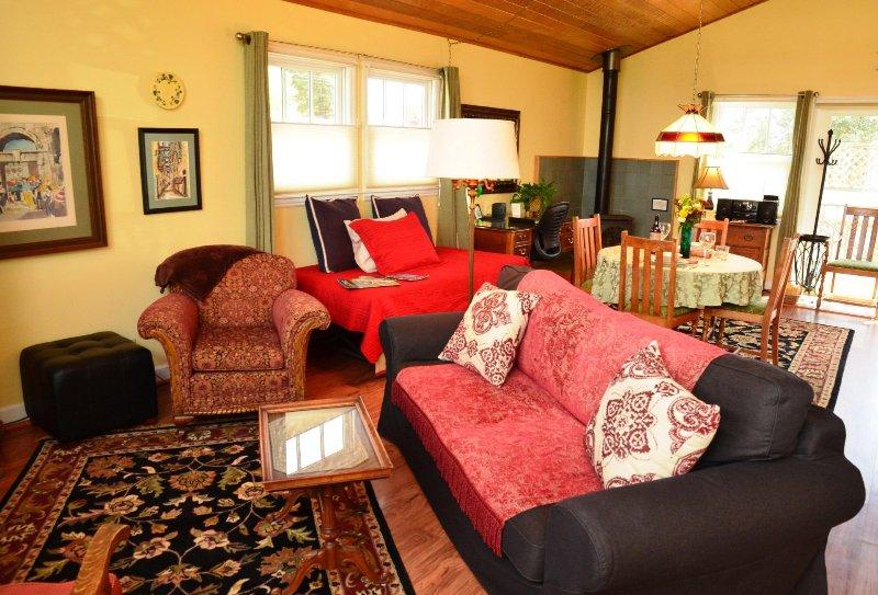arcata de estadía Forest View Stay Studio de alquiler sofá