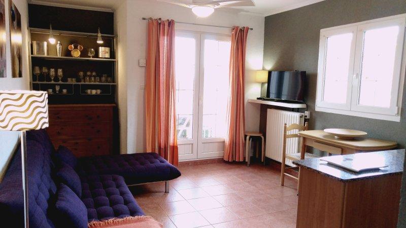 Mari apartment, bright, quiet, beautiful sunsets