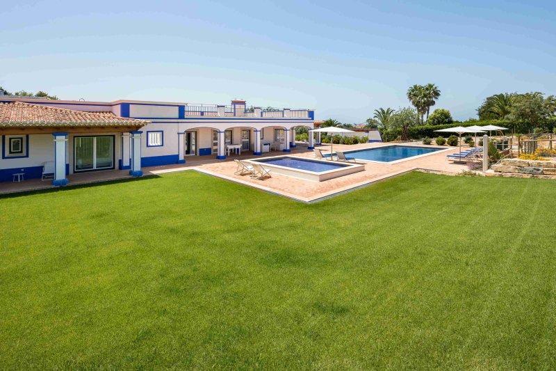 Casa Sky, alquiler de vacaciones en Boliqueime