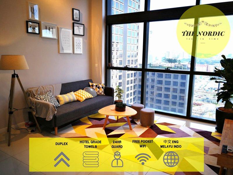 THE NORDIC Duplex Petaling Jaya & Sunway 北欧高级双层公寓, holiday rental in Petaling Jaya