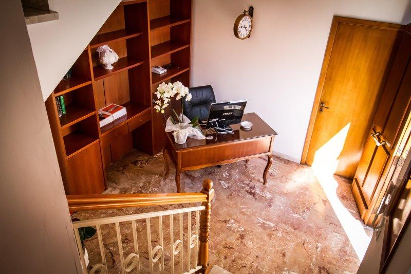 BED & BREAD 'Piazza 'Nzegna'   la nuova idea del B&B, vacation rental in Carovigno