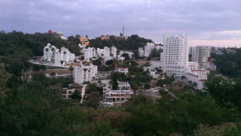 panoramic view of the area where the house is located