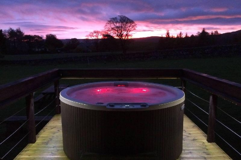 Your Own Private Outdoor Hot Tub with views, of the National park fells perfect for day or night