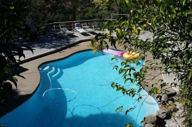 A Great Riverfront Vacation Retreat, vacation rental in Valley Springs