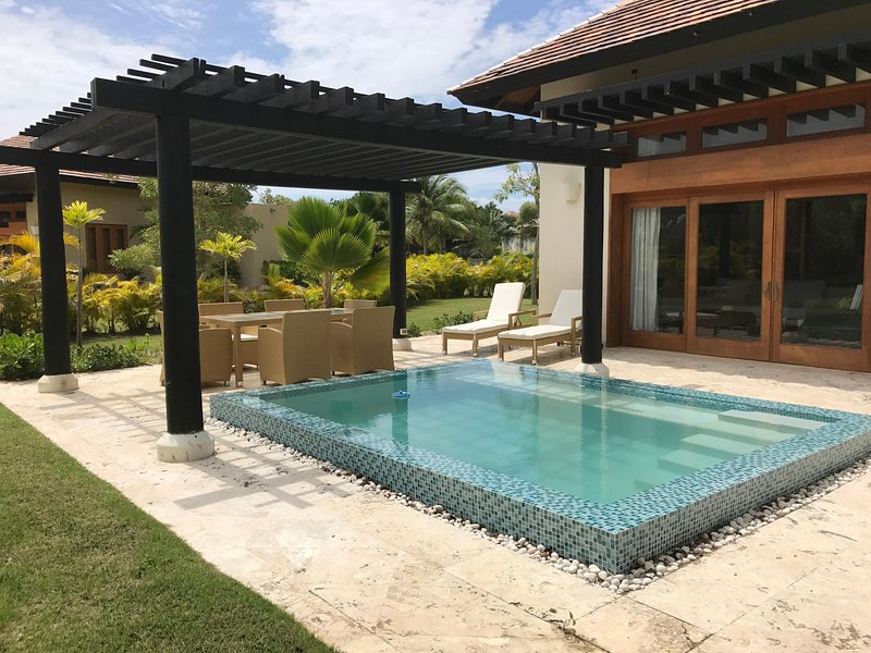 TERRACE WITH OUSIDE FURNITURES ANS POOL / SPA