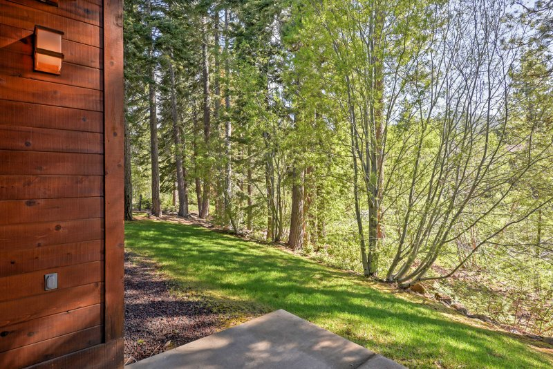 This home is minutes from Lake Tahoe, Diamond Peak Ski Resort, and more!