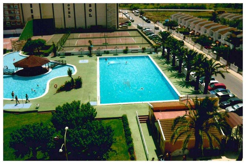 Estudio ideal con piscinas en peñiscola, alquiler de vacaciones en Peñíscola