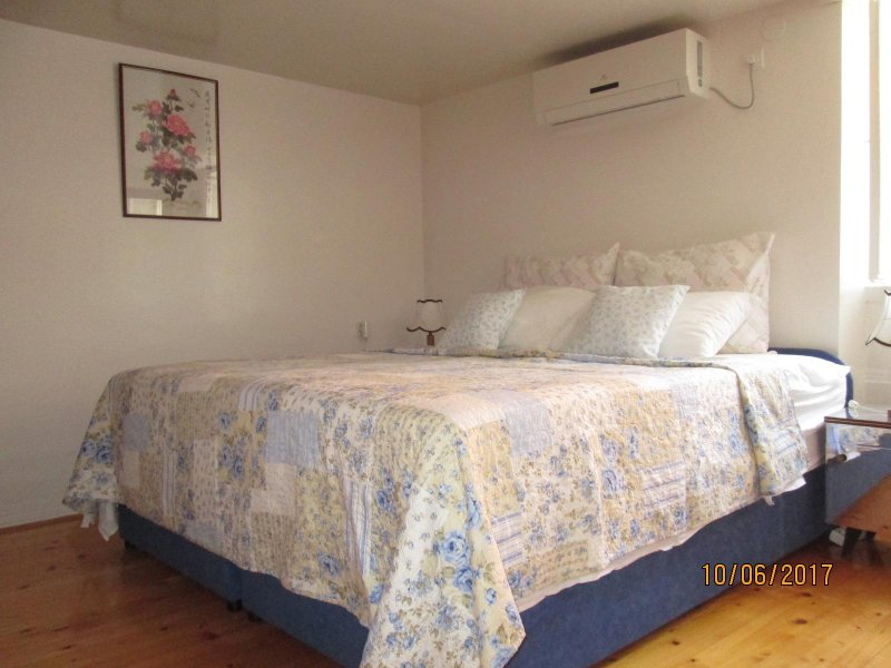 Double room with a king size bed