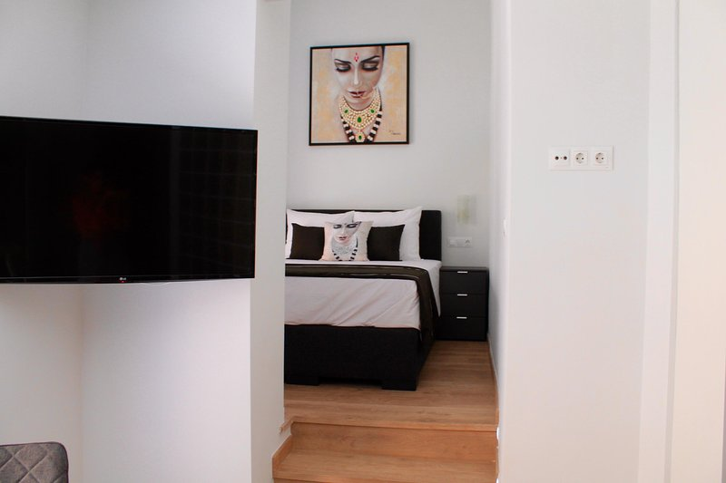 Amazing 1 bed Studio with Balcony - STUDIO 3, holiday rental in Alicante