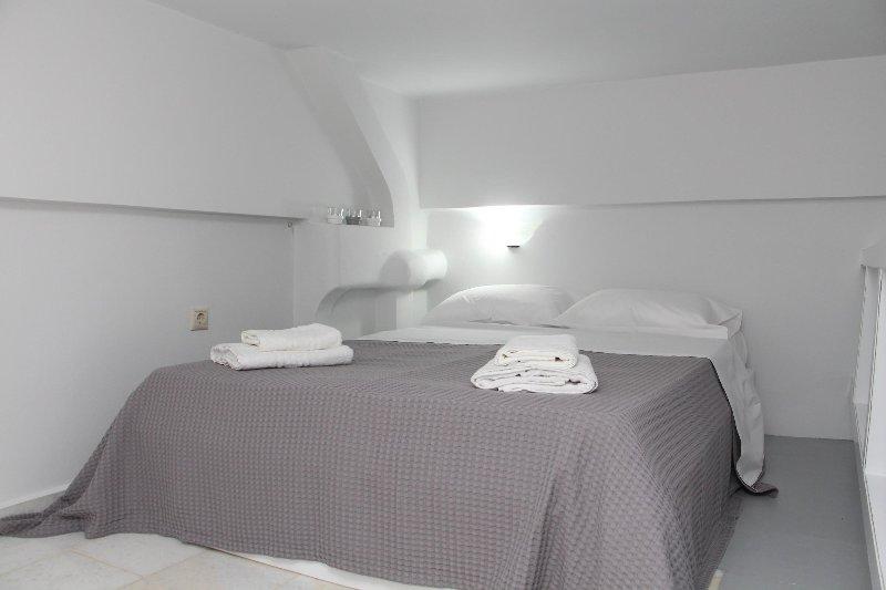 DELUXE STUDIO SUITE, alquiler de vacaciones en Galini